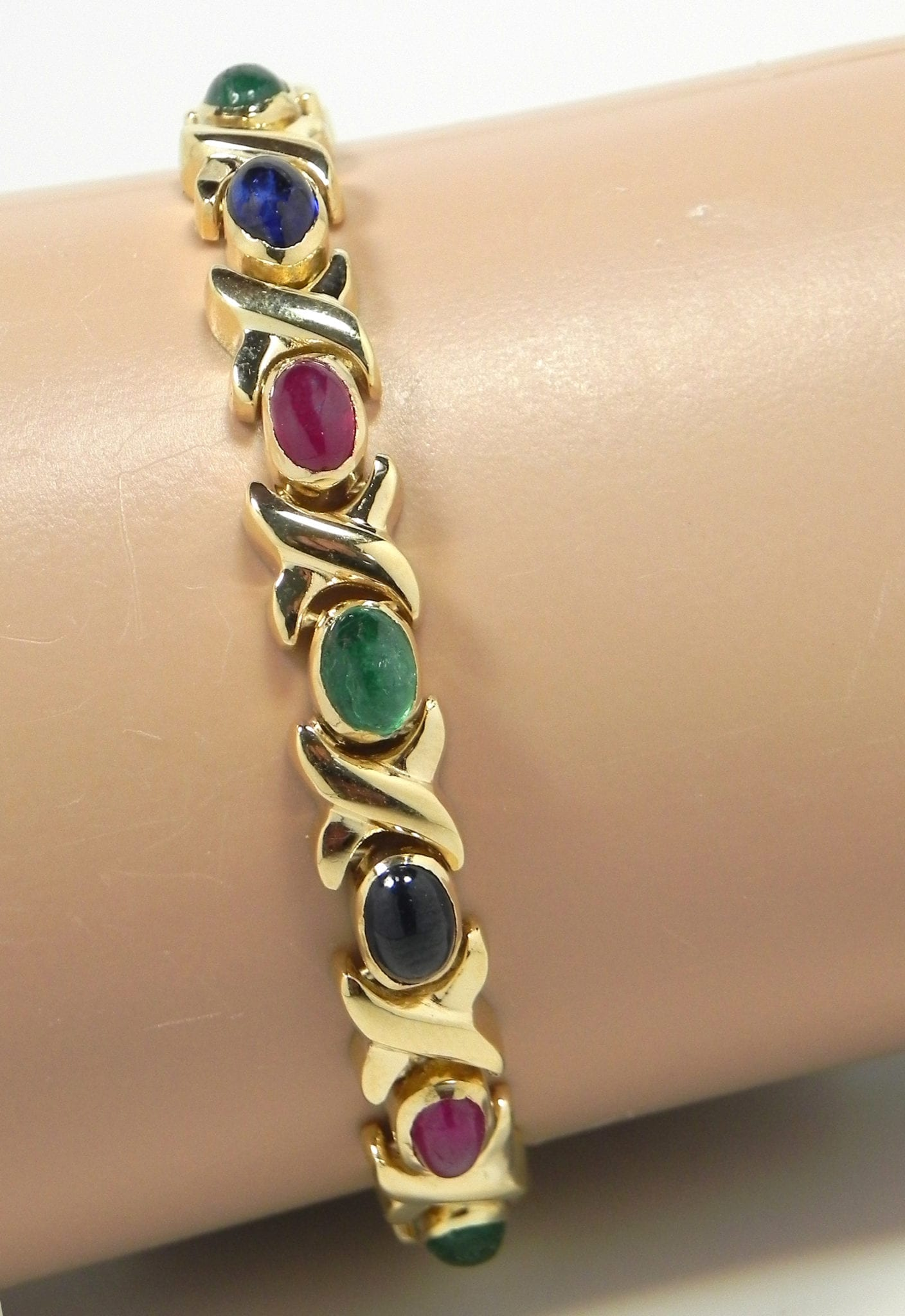Ladies 14k Yellow Gold Oval Blue Sapphires Rubies