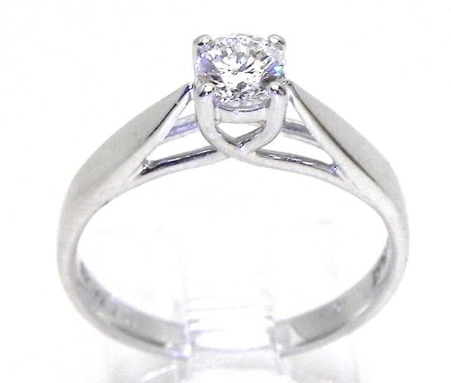 Ladies Platinum Solitare Diamond Engagement Ring Bright