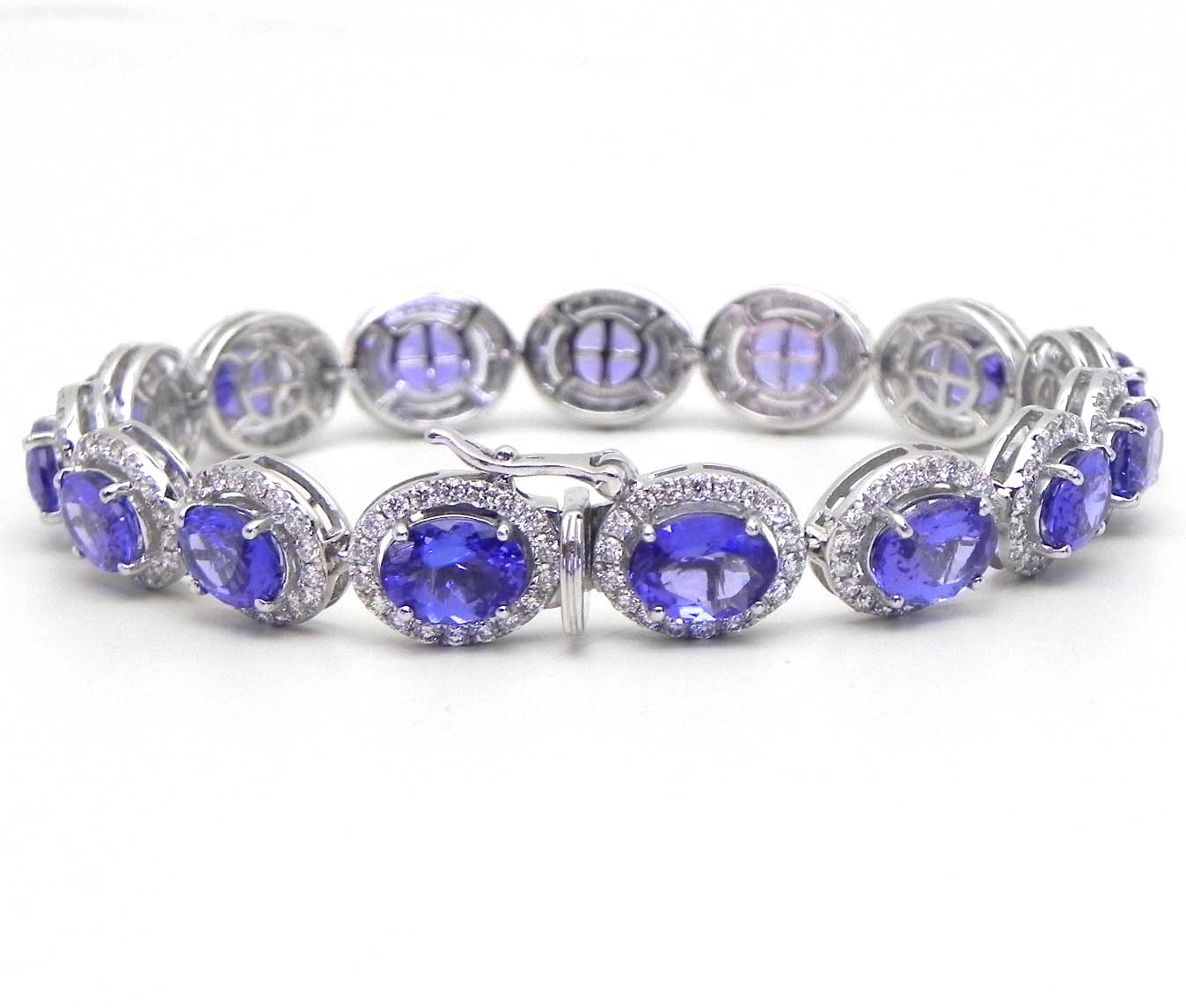 Ladies 14k White Gold 19 90 Tanzanite Amp Diamonds Oval Link