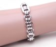 Ladies 18k White Gold Multi-Oval Link Donut Bracelet