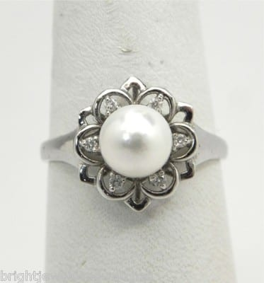 d4d37a9388f6f3 Ladies 14k White Gold Flower Pearl w/Diamond Accents Ring – Bright ...
