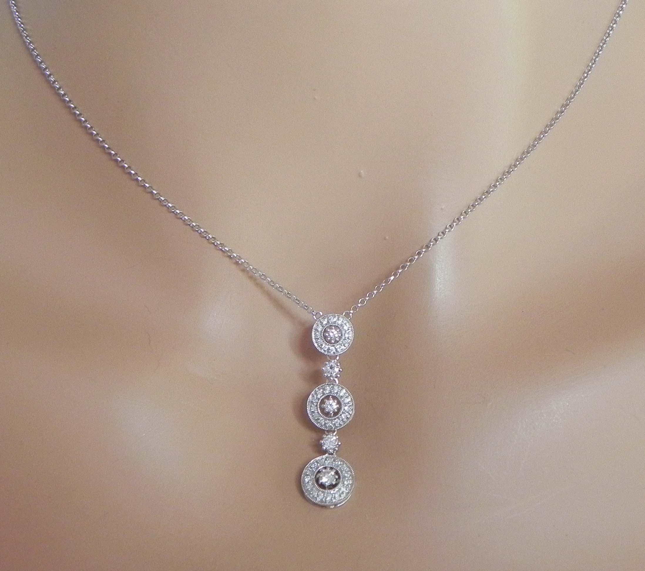 La s 14k White Gold Diamonds Triple Circle Pendant Necklace