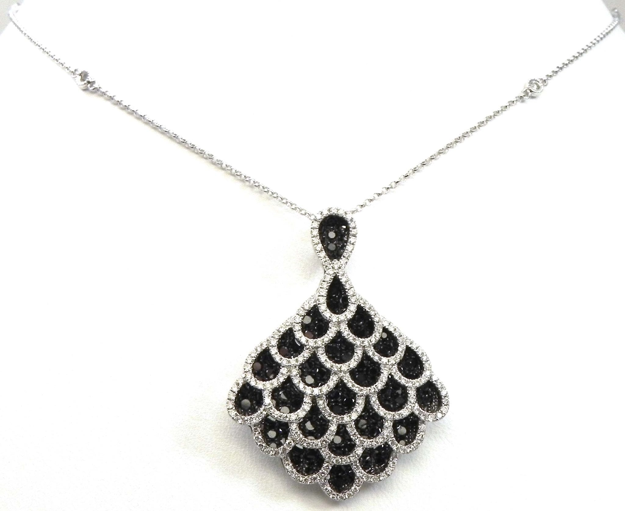 La s 18k White Gold 3 66 Cts White & Black Diamonds Peacock