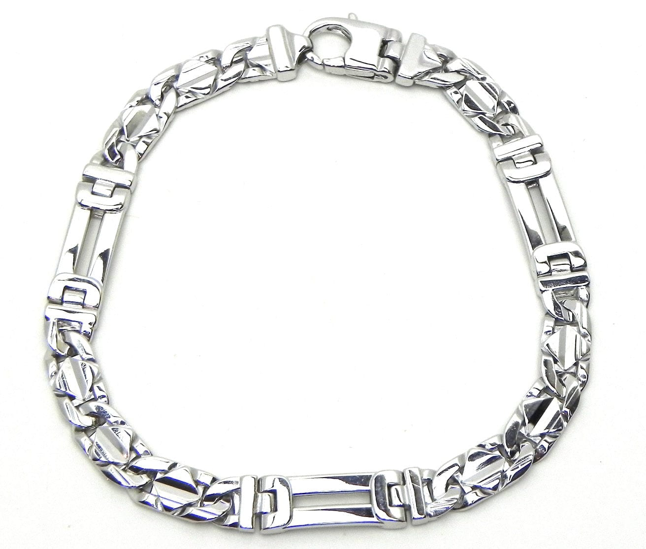 496ffbe29ea Men s 14k White Gold Figaro Style Bracelet w Raised Diamond Shaped ...